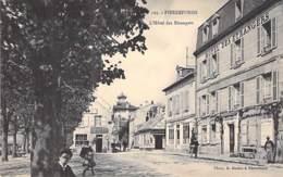 60 - PIERREFONDS : L'Hotel Des Etrangers ( Animation Commerces Restaurant Tabac épicerie ...) CPA - Oise - Pierrefonds