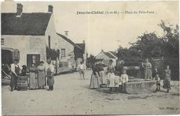 77 - JOUY-le-CHÂTEL (S.-et-M.) - Place Du Petit-Paris. Belle Animation, CPA Peu Courante Ayant Circulé En 1909. - Autres Communes