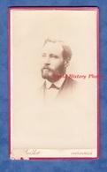 Photo Ancienne CDV Vers 1880 - CHATEAUROUX - Portrait Notable à Identifier - Photographe Verdot Homme Barbe - Photos