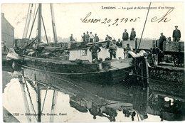 Lessines. Le Quai Et Déchargement D'un Bateau. Wagons. Lessen. Kade En Lossen Van Een Boot. Wagens. Circulé 1905. - Lessines
