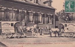 BERCK PLAGE         LAITERIE MODERNE DE GROFFLIERS. DEPART DES VOITURES DE LIVRAISON - Berck