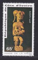 COTE D'IVOIRE N°  398 ** MNH Neuf Sans Charnière, TB (D8031) Statuette, Image De La Mère - 1976 - Côte D'Ivoire (1960-...)