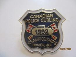 Insigne à épingle/ Curling/ Canada / Canadian Police/Championships/ BRANDON / Man /1992    SPO342 - Deportes