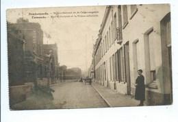 Termonde Dendermonde Sint Jacobstraat En De Celgevangenis ( Staat !!! Zie Foto's ) - Dendermonde