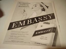 ANCIENNE PUBLICITE CIGARETTES EMBASSY 1955 - Tabac (objets Liés)