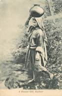 "CPA INDE / CEYLAN ""Femme"" - India"