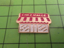 413d Pins Pin's / Rare & Belle Qualité THEME MARQUES / BAR TABC CHEZ VIALLE - Marques