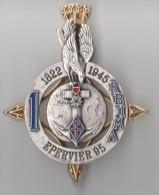 INSIGNE 1° RBIMA 1822-1945, EPERVIER 95, Matriculé - J BALME SAUMUR - Hueste