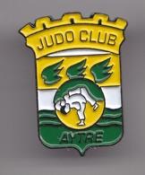 Pin's Judo Club Aytré En Charente Maritime Dpt 17  Réf 8011 - Judo