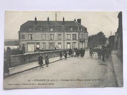 POUANCÉ - Carrefour De La Porte Et Avenue De La Gare - France