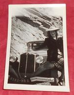 Photographie Portrait Femme Avec Une Voiture Lancia ? - Automobile - Tacot - Photos ----------- 482 - Cars