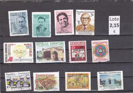 República Dominicana  -  Lotes  12   Sellos Diferentes  -  12/11098 - República Dominicana