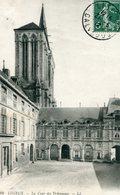 14 - LISIEUX - La Cour Des Tribunaux - Lisieux