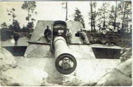 "Carte Photo. Militaria. Koekelare/Couckelaere. Kanon Van Leugenboom ""Lange Max"". Canon Bombardant Dunkerke. - Koekelare"