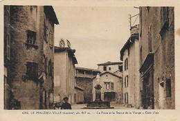 42)   LE  MALZIEU  VILLE  - La Place Et La Statue De La Vierge - Cure D' Air - France