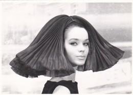 1954610Regi Relang / Chapeaux Fascinants / Capucci-Rome 1962 (REPRO) - Fashion