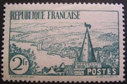 R1680/367 - 1935 - RIVIERE BRETONNE - N°301 NEUF* - Cote : 40,00 € - France