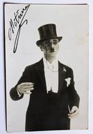 Carte Photo Magicien Homme Automate Mime Cirque Signé Metrino ? - Cartes Postales