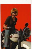 Belle Femme Sur Une Moto  Années 60/70 Harley Davidson Format 10/15 - Motorräder