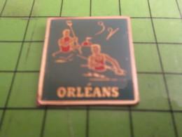 316B Pins Pin's / Rare & Belle Qualité THEME : SPORTS / CLUB DE CANOE KAYAK ORLEANS - Canoë