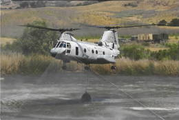 Elicottero Boeing Vertol CH-46 Sea Knight Hélicoptère 2/2 - Elicotteri