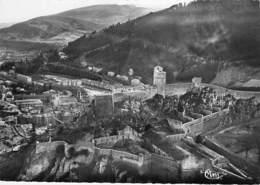 04 - SISTERON : Vue Aérienne Citadelle Et Théatre De Plein Air - CPSM Dentelée Noir Blanc GF - Alpes De Haute Provence - Sisteron