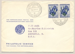 Nederland - 1953 - 2x 20 Cent Zomerzegel Op Cover Van PTT Den Haag Naar Ashtabula / USA - Bloemen Flowers Iris - Periode 1949-1980 (Juliana)