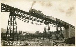TREN ANDANDO SOBRE EL PUENTE EN RIO COSQUIN, CORDOBA, ARGENTINA. CIRCA 1929 POSTAL POSTCARD B/N TBE -LILHU - Argentinië