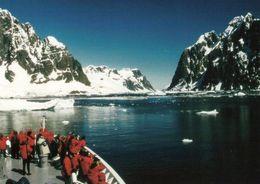 1 AK Antarctica * Lemaire Kanal - Eine Meerenge Zwischen Der Antarktischen Halbinsel Und Der Vorgelagerten Booth-Insel * - Cartes Postales