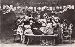 ENFANTS - Toast à La Prospérité Des Mariés - Humorkaarten