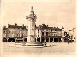 PONT - A - MOUSSON  -  Photo 18 X 24 Cm  -  La Place Duroc - Pont A Mousson
