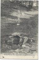 87- BUJALEUF - FONTAINE SAINT-MARTIN (et Pas Saint-Martial Comme Les Autres !!!) - Ex Votos Sur La Croix - 1907 - France