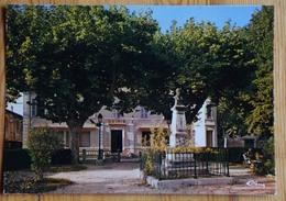 84 : Le Thor - La Mairie Et Son Jardin - (n°13848b) - Frankreich
