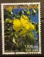 MADAGASCAR 2003 Flowers. USADO - USED. - Madagascar (1960-...)