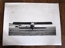 Photo D'avion Biplan Vue De Face Aviation - Aviation