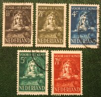 Kinderzegels Child Welfare Kinder Enfant NVPH 397-401 (Mi 397-401) 1941 Gestempeld / Used NEDERLAND / NIEDERLANDE - 1891-1948 (Wilhelmine)