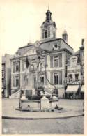 HUY - L'Hôtel De Ville Et Le Bassinia - Hoei