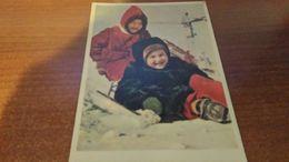 Cartolina: Bambini Sulla Neve Viaggiata (a32) - Cartoline
