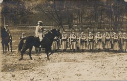 I10 - MILITARIA - Carte Photo - Revue Des Troupes En 1919 - Guerres - Autres