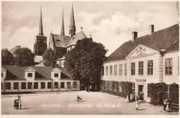 DANEMARK....ROSKILDE DOMKIRKE - Danemark