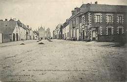 - Loire Atlantique -ref-B927- St Julien De Vouvantes - Place De L Eglise - Mairie - Carte Bon Etat - - Saint Julien De Vouvantes