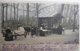 BRUXELLES. - Dans Le Parc. - CPA Animée  De 1905 - Plazas