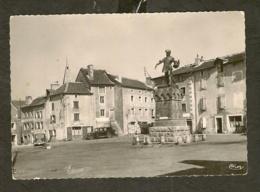 CP-Photo-Chateauneuf De Randon - La Place Et La Statue De Duguesclin - Chateauneuf De Randon