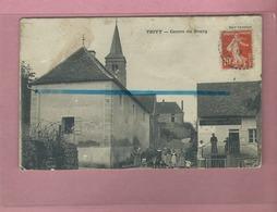 CPA Mauvais état - TRIVY - Centre Du Bourg - Other Municipalities