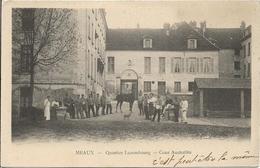D77 - MEAUX - QUARTIER LUZEMBOURG  - COUR D'AUSTERLITZ - Nombreux Militaires - Cheval - Chien - PRECURSEUR - Meaux