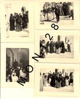 ESPAGNE - IBIZA 1951 SORTIE DE MESSE A SAN ANTONIO- 7 PHOTOS 10,5x8 Cms - Places