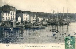 83 - Creux Saint Georges - Le Débarcadère Et Vespasienne - France