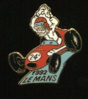 Pin's - 24h 24 Heures LE MANS Voiture Automobile - Badges