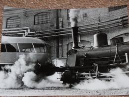 Photo Ancienne Train Locomotive Treno Stazione Gare Italie Italia - Gares - Avec Trains
