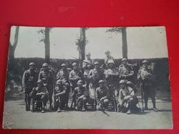 CARTE PHOTO  SOLDATS UNIFORMES - Uniforms